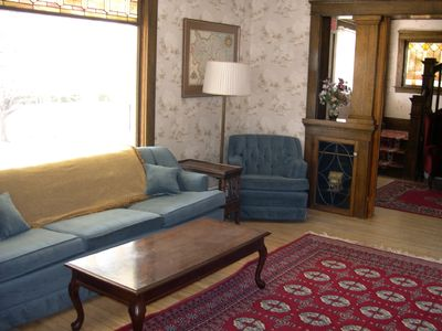 MountainView House parlor and foyer