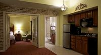 1 Bdrm Resort Condo, Safe & Quiet, on the Edge of French Quarter