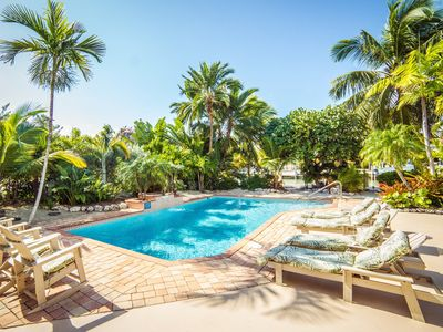 Privacy On Sombrero Beach With Heated Pool, Deep Water Dock, Ocean View