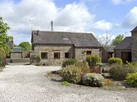 HAREWOOD COTTAGE, character holiday cottage in Grindon, Ref 3989
