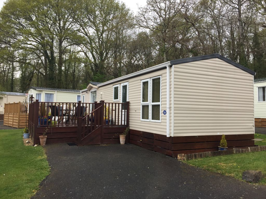 Unique Dawlish Sands Holiday Park Is An Excellent Family Based Holiday Park, The Park Itself Is Small And Friendly, And Has Static Caravans For Hire, Graded In Bronze  Ideal For Touring Round Exeter, Torquay, Or Up On Dartmoor This Is A Very