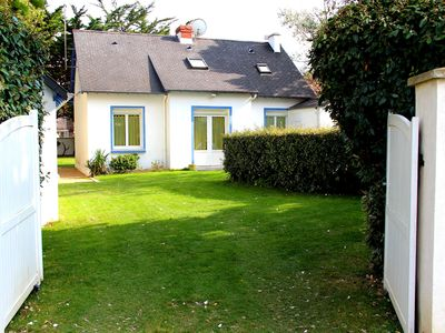 Comfortable house with garden and several services 5-minute walk from the beach
