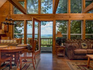 Spectacular mountain view helen ga in the h vrbo for 8 bedroom cabins in blue ridge ga