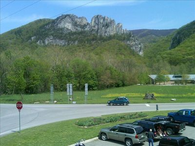 Nearby Seneca Rocks & Discovery Center across from Front Porch Eatery&Pizza 12ml