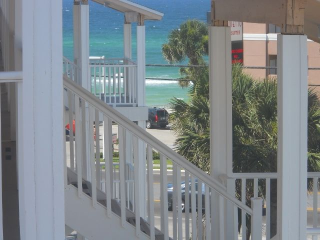 Ocean View, Only Steps to the Beach!