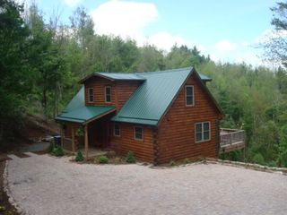 Ideally located between blowing rock and boone near for Cabin rentals near blowing rock nc