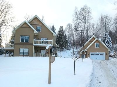 Ski Holiday In Peaceful Family Home - Modern 2 Bedroom + Loft With 5 Beds