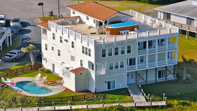 Your own private North Topsail Beach resort!
