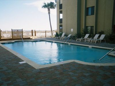 Gulf Side Swimming Pool overlooks the beach