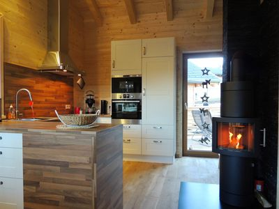 'Cabin Fever' right on the slopes with private sauna and relaxation area.