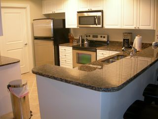 Harbor Landing Destin condo photo - Fully Stocked Kitchen