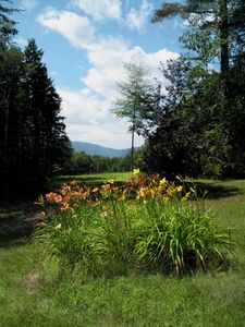North Conway estate rental - 12 acre property, 1.5 acres of lawn & flower gardens around home