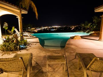 Palm Springs villa rental - Gazing at the City Lights & the Stars