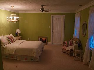 Stone Mountain house photo - Beautiful room with double bed and extra folding bed on 2nd floor