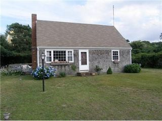 East Sandwich cottage photo - Cape Cod home near Scorton Shores Beach