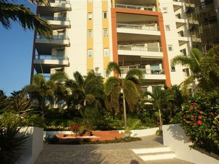 Pointe Pirouette condo photo - Beautiful landscaped property