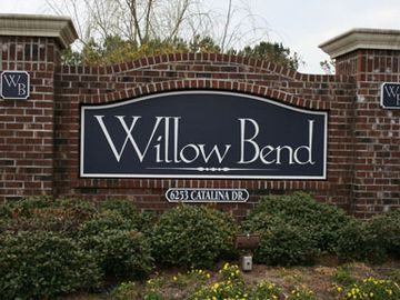 .Entrance of Willow Bend