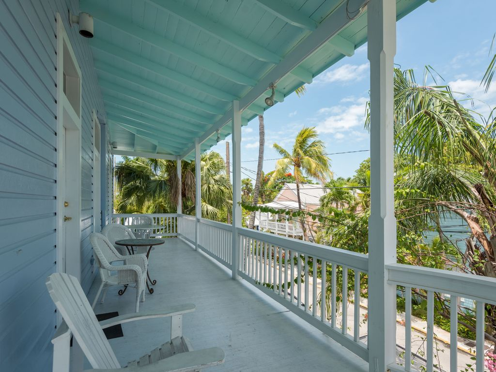 Duval Canopy Cute Studio Just Steps Homeaway Uptwon