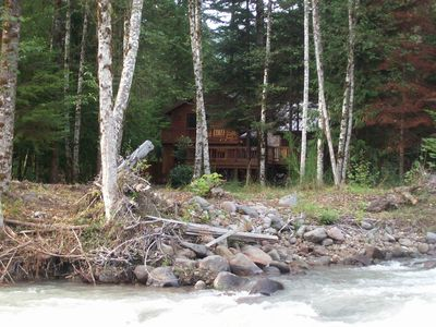 Mt Hood Waterfront Vacation Home*HOT TUB*WIFI*Pet Friendly*Fireplace