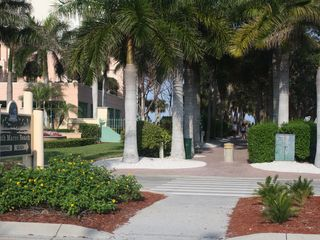 Vacation Homes in Marco Island house photo - Look for this access to the beach, it's only a 6 minute walk away from our home.
