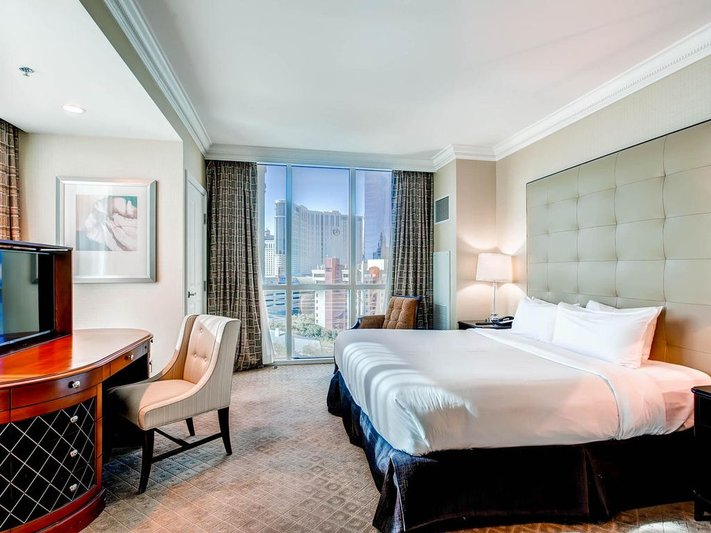 Mgm Signature One Bedroom Suite 99 Special Apr 30 May 5 Mgm Signature Tower 1 Balcony Suite 1bed