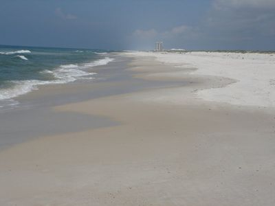 Gulf Beach access is only a two minute drive away at the Wildlife Preserve