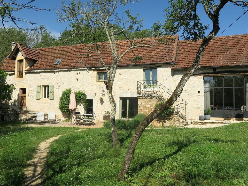 Traditional 150 years old Stone Farmhouse HomeAway Lugagnac