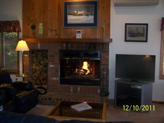 North Woodstock townhome photo - Enjoy the fireplace after a long day of skiing