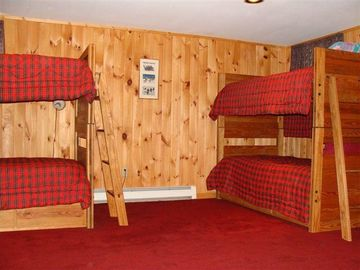 Bunk Room Sleeps 6