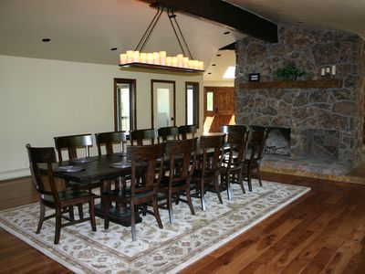 Dining room, seats 12-14