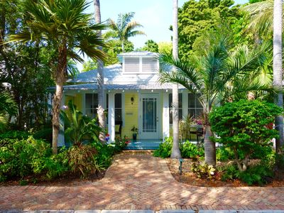 30 night minimum stay requirement.  The Palms - 3 Bedroom House with a Swimmi
