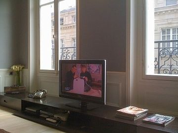 internet , TV with international channels, DVD player, ipod dock, telephone