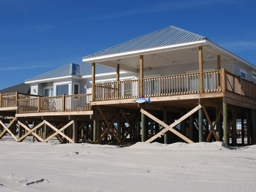 Dauphin Island villa rental - View of house facing the Gulf of Mexico.
