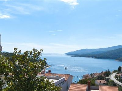 Popular apartment for 3 people in Rabac