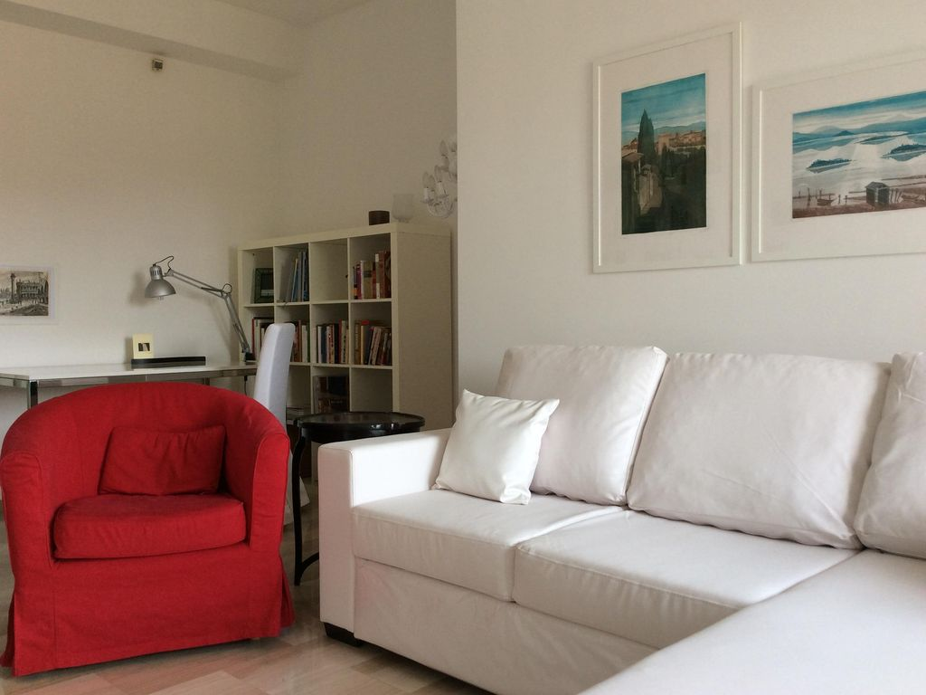 85 Sq Meters 900 Sq Ft In The Heart Of One Of The Best