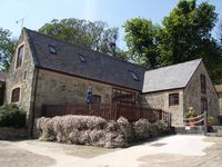 Perfect Family Holiday Barn Conversion, With Wonderful Sea Views