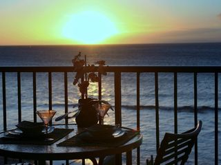 Kaanapali condo photo - Sunset dining on your private lanai