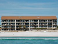 Windancer 108 - Gulf Front! Complimentary Beach Service! Community Pool!