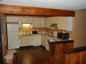 Kitchen. Fully equipped with oven/range, refrigerator, microwave, toaster etc.