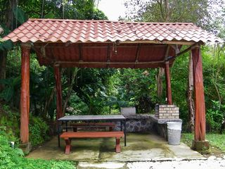 Playa Ocotal condo photo - Rancho with BBQ and Picnic Table Near Infinity Pool