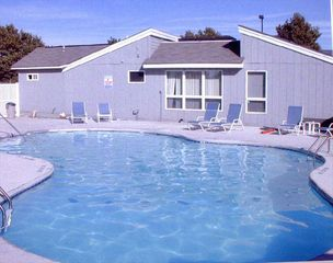 Rehoboth Beach condo photo - This pool is one of three. This pool is steps away