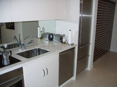 Modern contemporary fully equipped kitchen