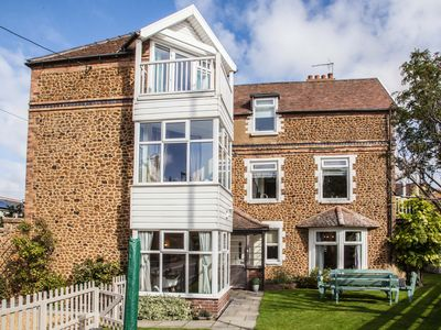 Large 3 Storey House In Hunstanton, Close To The Beach.