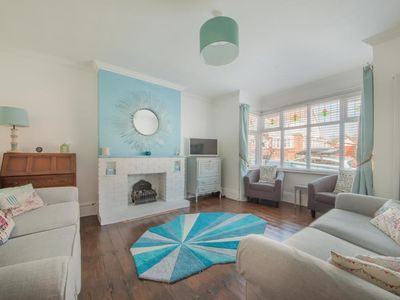Photo for 4BR House Vacation Rental in Broadstairs, Kent (Coastal)