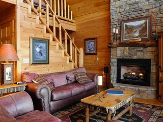 Blue Ridge cabin photo - Great Room and Stairs to Loft
