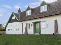 NO 2 LOW HALL COTTAGES, pet friendly in Scalby, Ref 6960