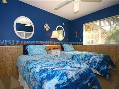 Bedroom perfect for the keiki (children)