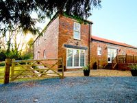 ELMWOOD COTTAGE, family friendly in Great Ayton, Ref 8989