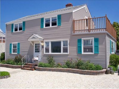 19 E Wyoming Ave (117 St), Haven Beach, LBI, NJ - 6 Houses from Beach