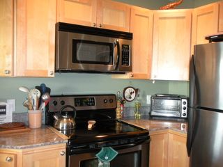 Moclips townhome photo - Complete kitchen, fully equipped. Just bring your food.